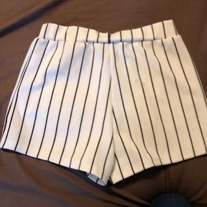 Comfy stretch black and white pin stripe shorts